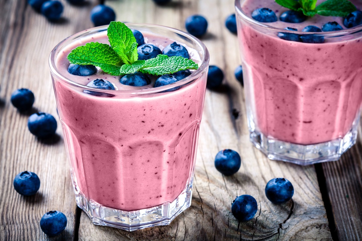 Strawberry, banana, and blueberry smoothie
