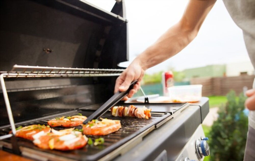 Grill your food with Gas Grills